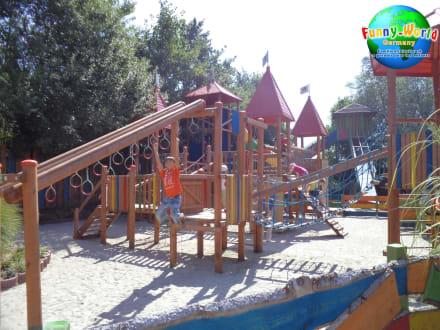 Actionspielplatz - Funny-World Familienfreizeitpark