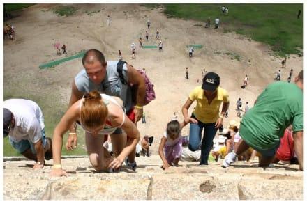 45 Grad Luft, 45 Grad Winkel, 91 Stufen - Ruine Chichén Itzá