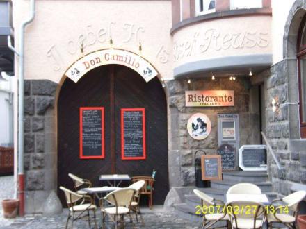 Eingang zum kulinarischen Vergnügen - Ristorante Don Camillo