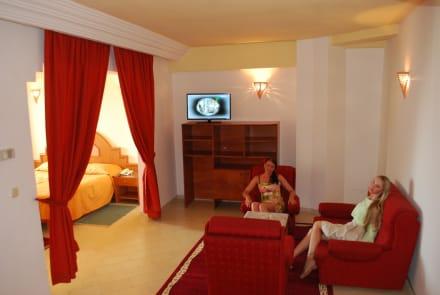 Suite Room THAPSUS CLUB 2014 -