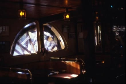 Das Schaufelrad des Raddampfers - Raddampfer Waipa Delta (geschlossen)