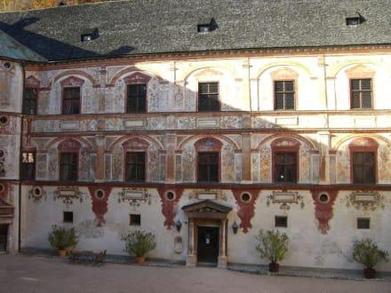 Innenhof - Schloss Tratzberg