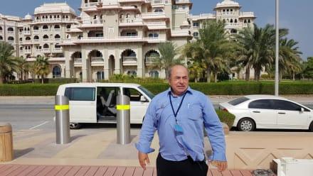 Guide Elias  - Guide Elias Dubai