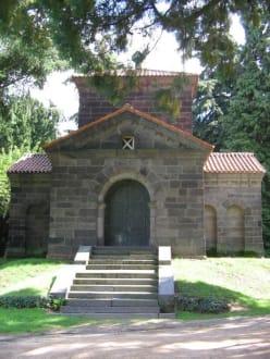 Mausoleum im Park Rosenhöhe - Rosenhöhe Park