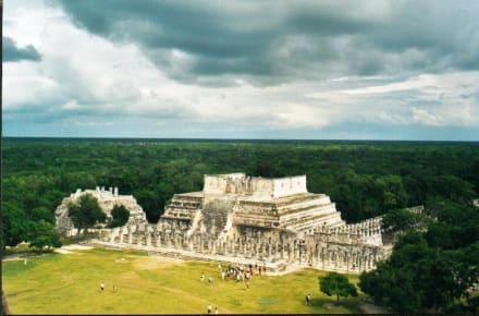 die Halle der Tausend Säulen - Ruine Chichén Itzá