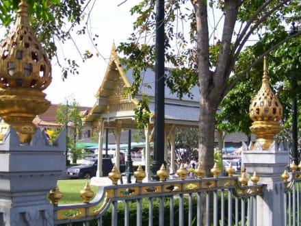 Tempel von aussen - Wat Sothon