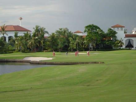 Loch 18 - President Country Club