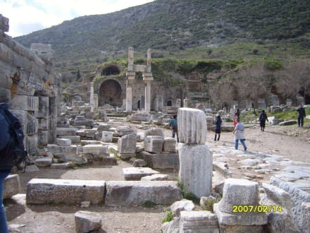 Prytaneion! - Antikes Ephesus