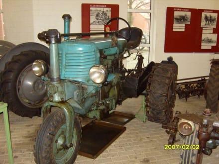 Ein Dreirad-Trecker! - Landwirtschaftsmuseum Meldorf