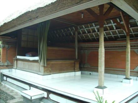 Elternschlafzimmer - Balinesische Hofanlage