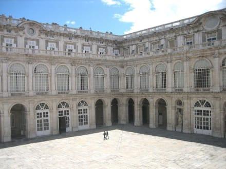 Palacio Real - Innenhof - Palacio Real