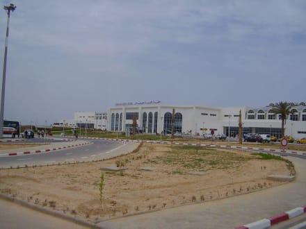 Flughafen Insel Djerba - Flughafen Djerba-Zarzis (DJE)