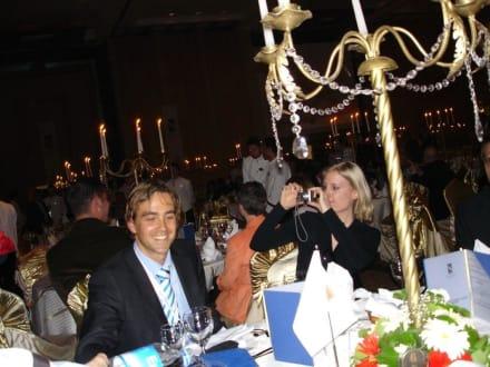Axel Jockwer und Natascha Pattock während der Preisverleihun - HolidayCheck Award Gala