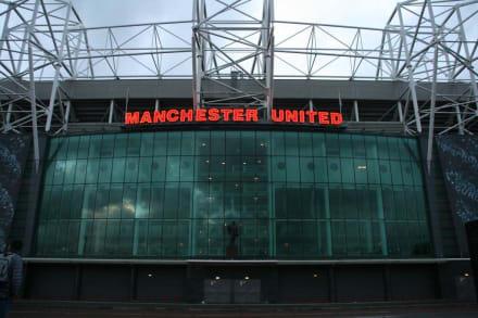 Außenansicht des Stadions - Stadion Old Trafford / The Theatre of Dreams