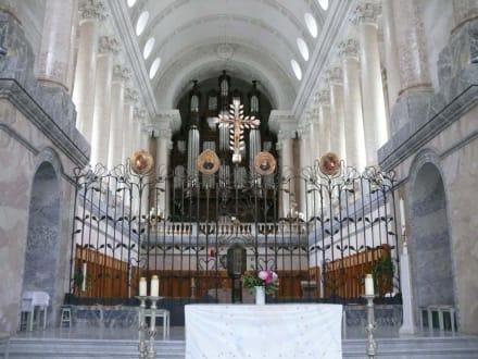 Der Altarraum - Dom von St. Blasien