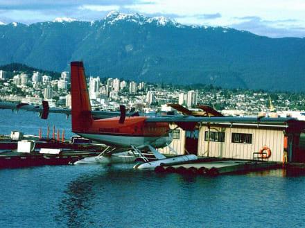 Wasserflugzeug - Transport
