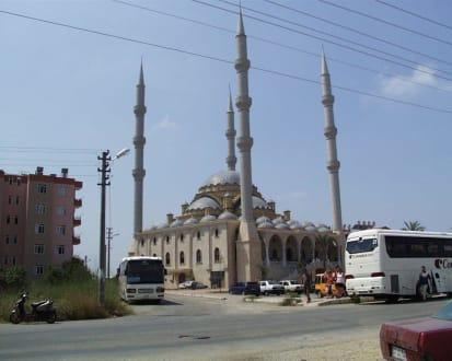 Moschee am Manavgat-Markt - Külliye Moschee