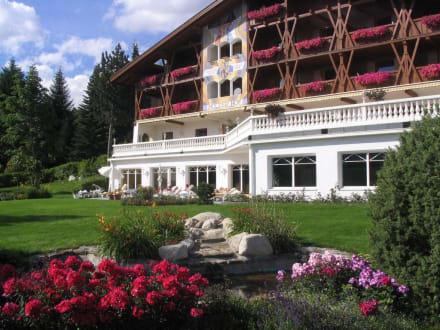 Südansicht - Parkhotel Holzerhof