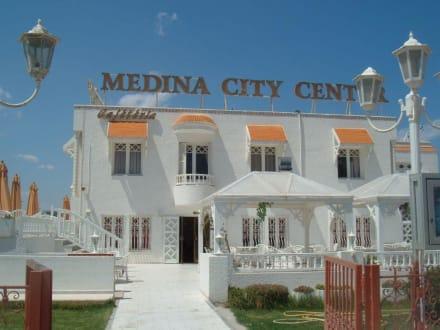 Einkaufscenter Medina - Medina