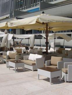 The Bar Grado - Bar an der Strandpromenade