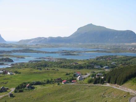 Typische Landschaft auf den Lofoten - Lofoten
