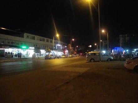 Kumköy bei Nacht - Einkaufen & Shopping