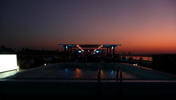 Ausblick von Deck bei Nacht