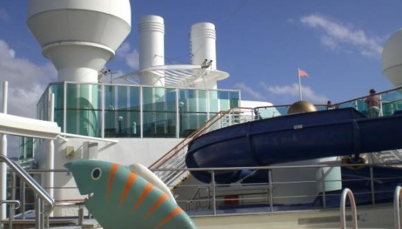 Bilder pool serenade of the seas royal caribbean - Kinderpool mit dach ...