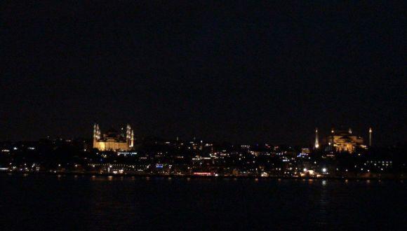 Hagia Sophia und Blaue Moschee bei Nacht