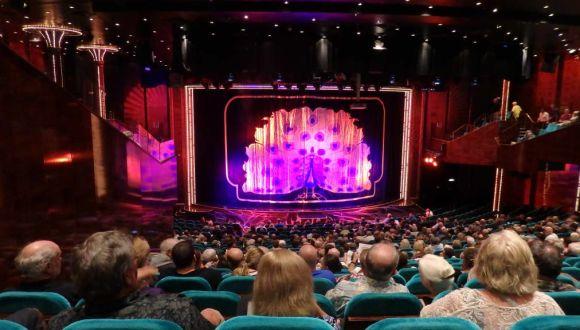 Blick auf die Theaterbühne