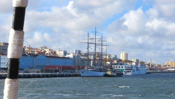 Sea Cloud II verlässt den Hafen
