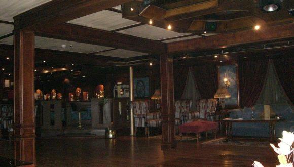 Bar mit Pubflair