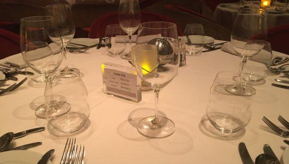 Tisch im Restaurant Grand Cuvee