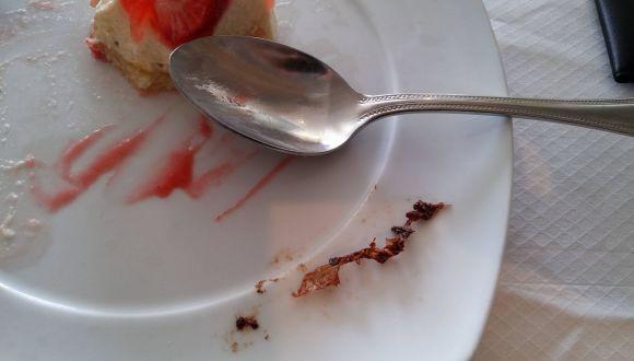 Plastikfolie im Dessert