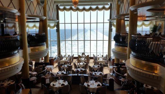 Blick auf Bedienrestaurant