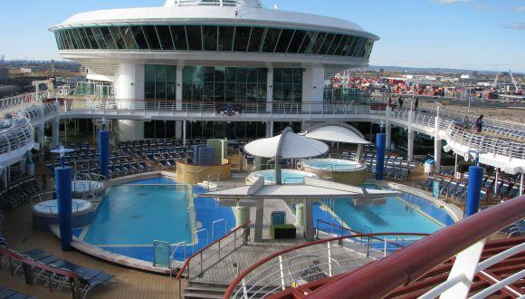 Der Haupt-Pool