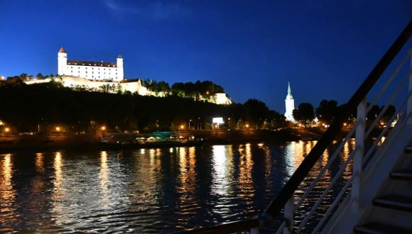 Bratislava am Abend