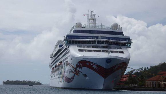 Im Hafen von Raiatea