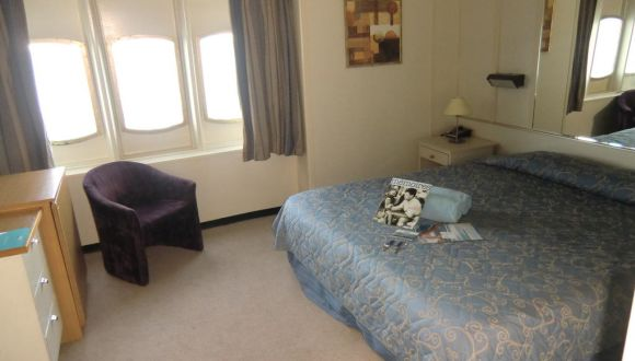 De Luxe Kabine mit Doppelbett auf Deck 6
