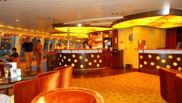 Lounge und Bar der A-Rosa Mia