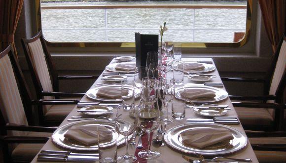 8er Tisch