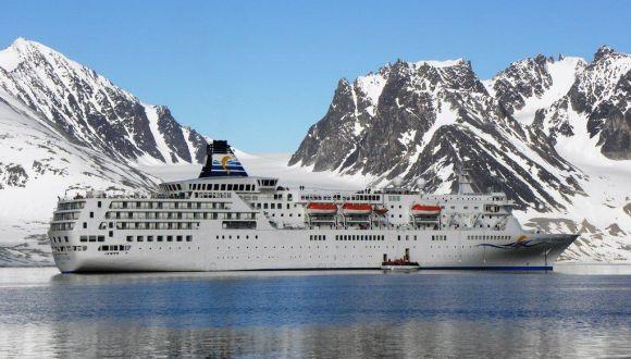 Delphin Voyager in der Magdalenenbucht/Spitzbergen