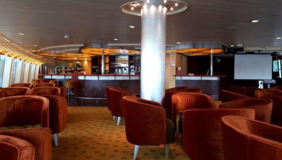 Lounge Bar Tresen
