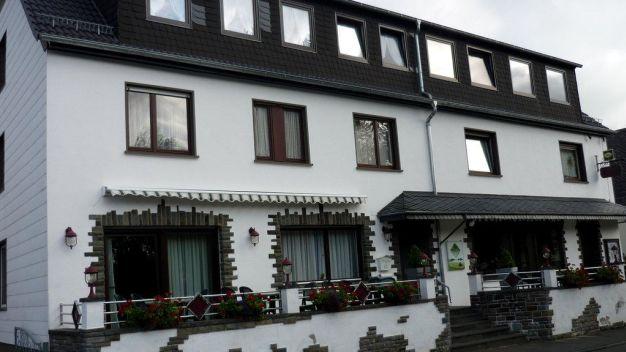 landhotel m schelberg in lissendorf holidaycheck rheinland pfalz deutschland. Black Bedroom Furniture Sets. Home Design Ideas
