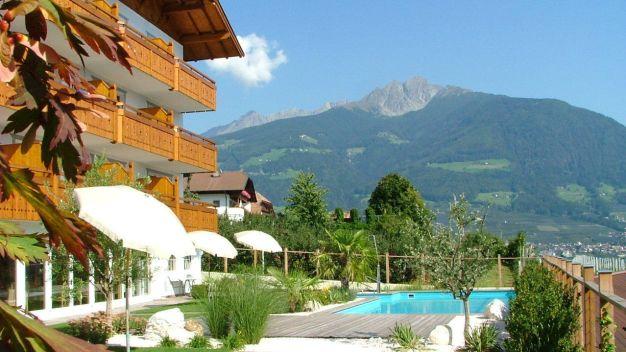 Hotel ortler in tirolo dorf tirol holidaycheck for Design hotel dorf tirol