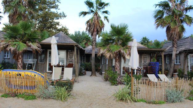 Camping bungalows les prairies de la mer in grimaud - Prairie de la mer port grimaud mobil home ...