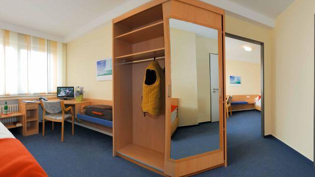 in via hotel in paderborn holidaycheck nordrhein. Black Bedroom Furniture Sets. Home Design Ideas