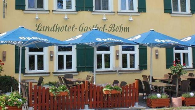 landhotel zum b hm in roth holidaycheck bayern deutschland. Black Bedroom Furniture Sets. Home Design Ideas