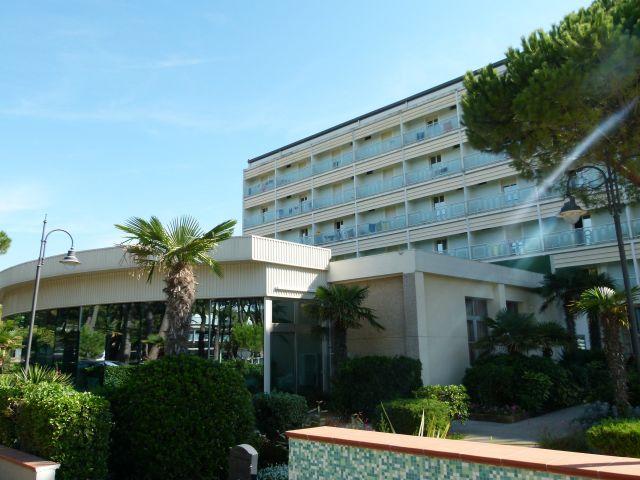 Adria Cervia Flug Und Hotel