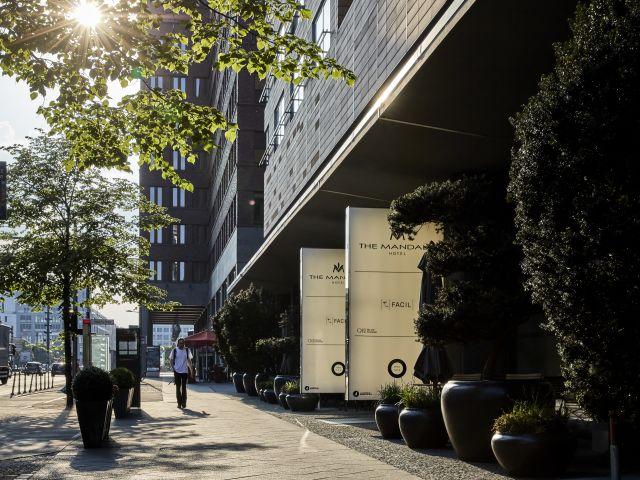 angebote the mandala hotel berlin mitte g nstig online. Black Bedroom Furniture Sets. Home Design Ideas